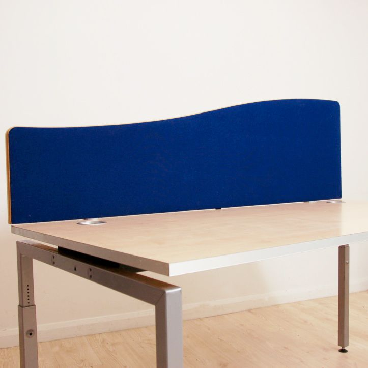 Blue Wave Desk Mounted Screen With Maple Surround Curved