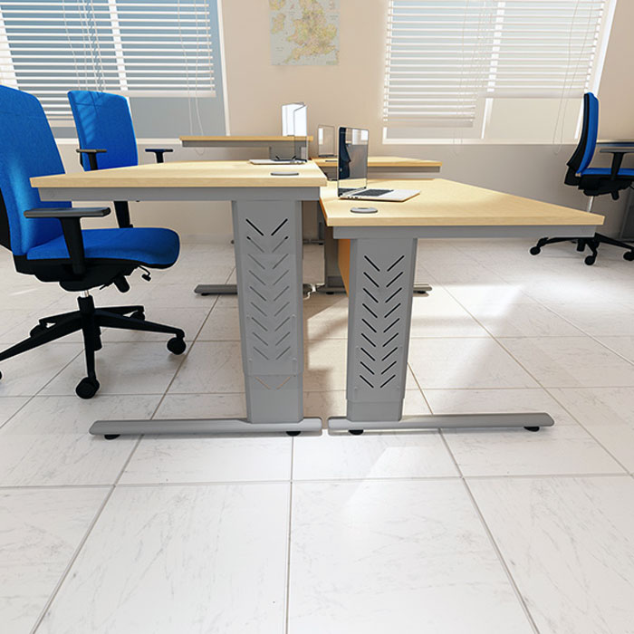 Exhibition Stand Training : Height adjustable desk  high standing