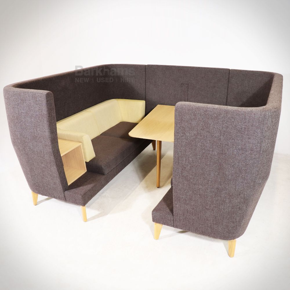Entente Meeting Booth – Boss Design | Meeting Pod with wood  | Modern Meeting Area
