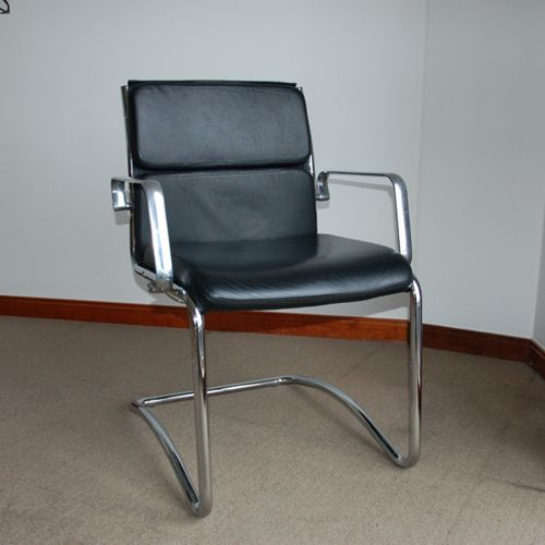 Cantilever Meeting Chairs | Leather Meeting Chair With Chrome Frame | Black  Executive Office Chair