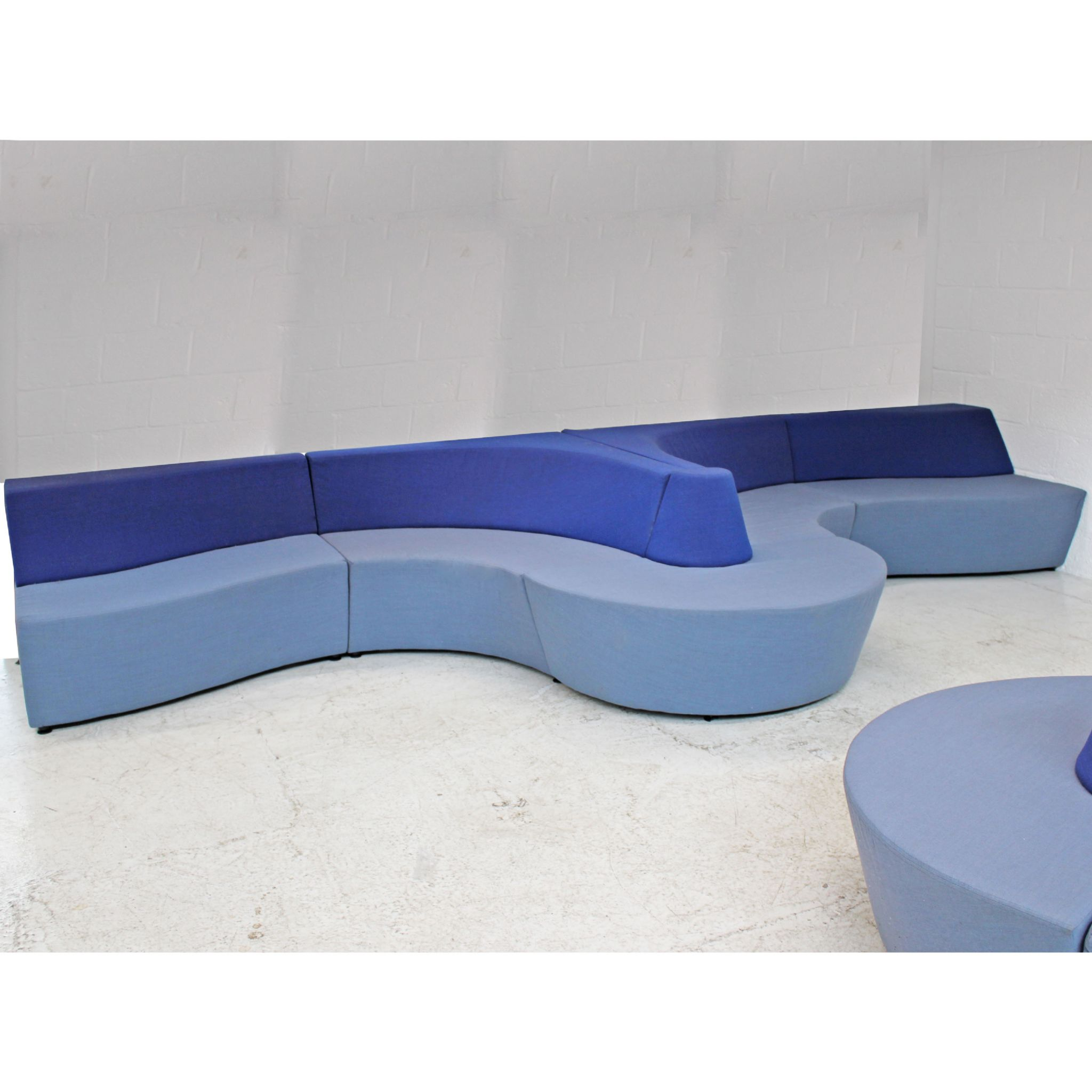 Connection Horizon - Large Curved Sofa