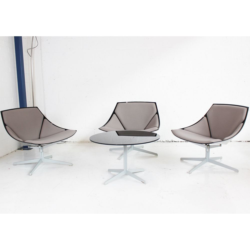 Fritz Hansen Space Chairs And Coffee Table Designer Chairs Reception Chairs And Table