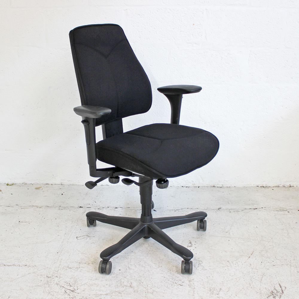 Kinnarps 6000 Task Chair | Black computer chair | Adjustable operator chair