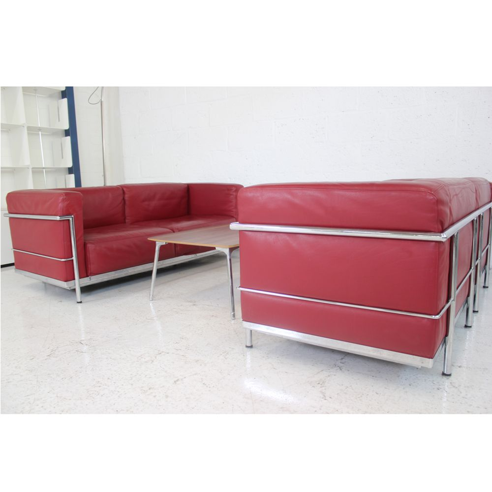 Le corbusier style lc3 sofa red sofas leather sofa for Le corbusier sofa nachbau