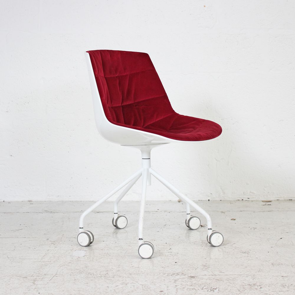 MDF Italia Flow Chair - Red Velvet | White Meeting Chair | White Swivel Chair