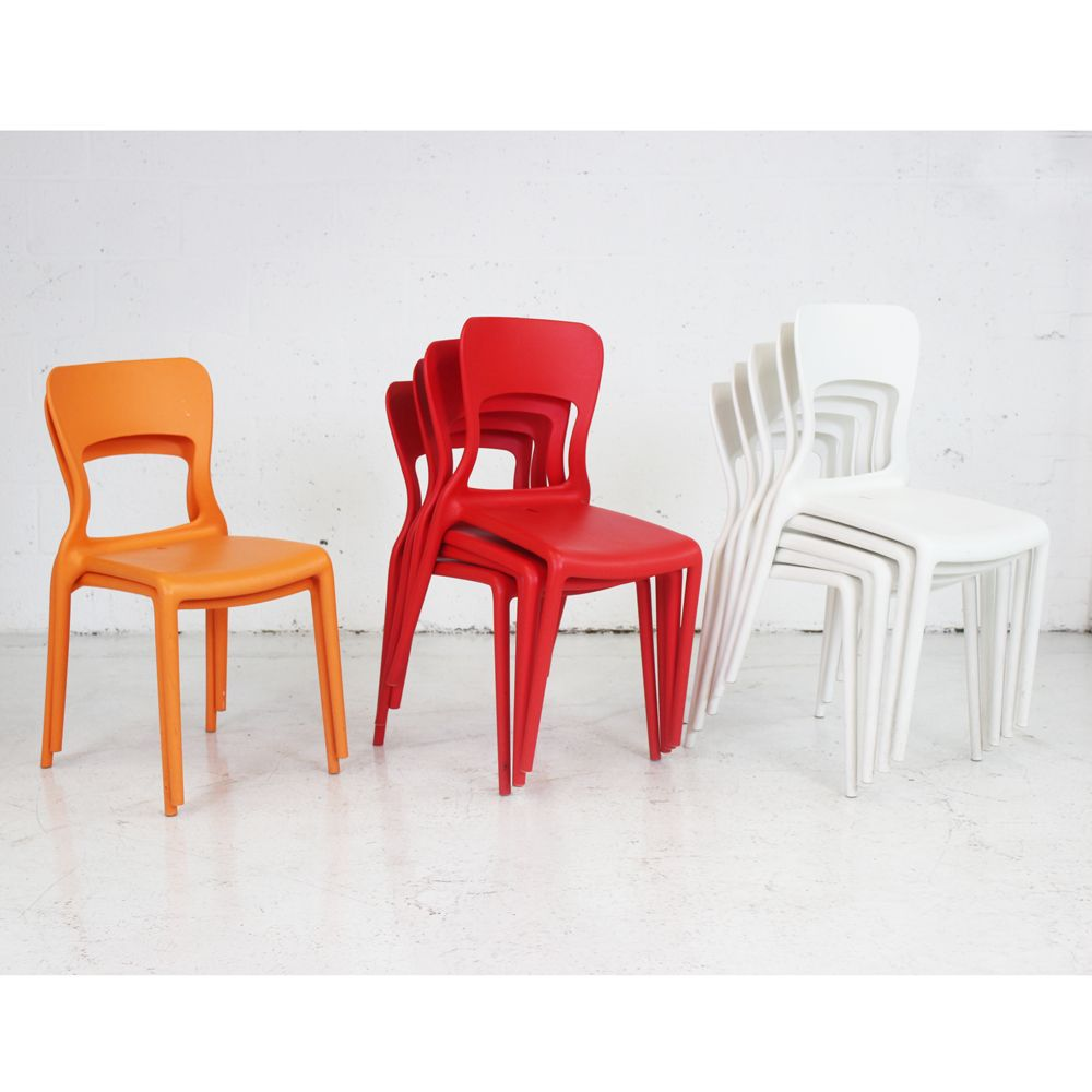 Modern plastic stacking chair colourful chair plastic for Plastic modern chairs