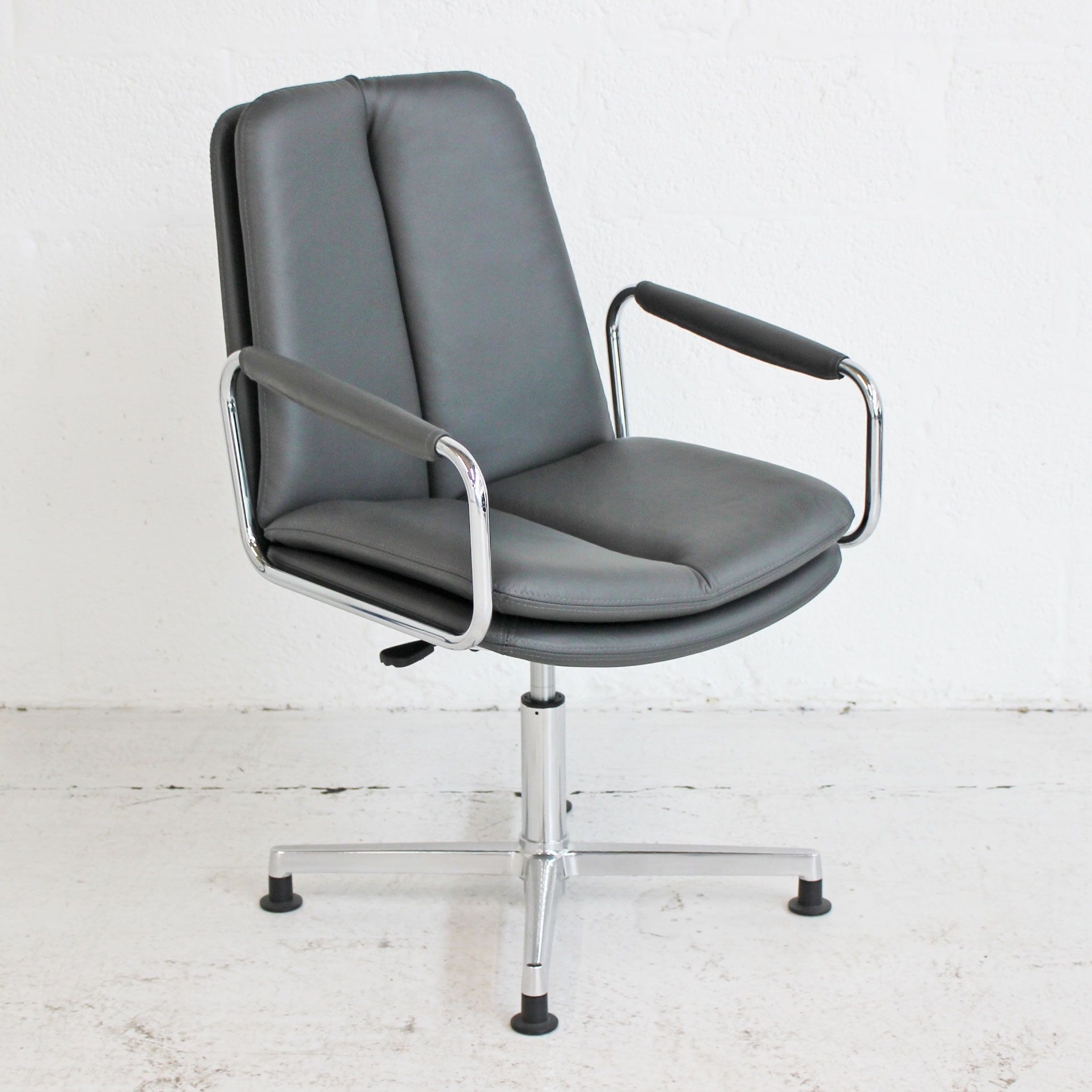 Incredible Sven Ele Conference Chair Ibusinesslaw Wood Chair Design Ideas Ibusinesslaworg