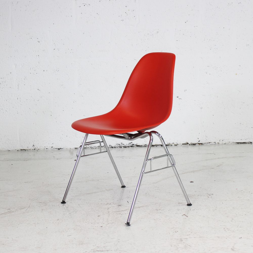 vitra eames dss plastic chair coloured seating. Black Bedroom Furniture Sets. Home Design Ideas