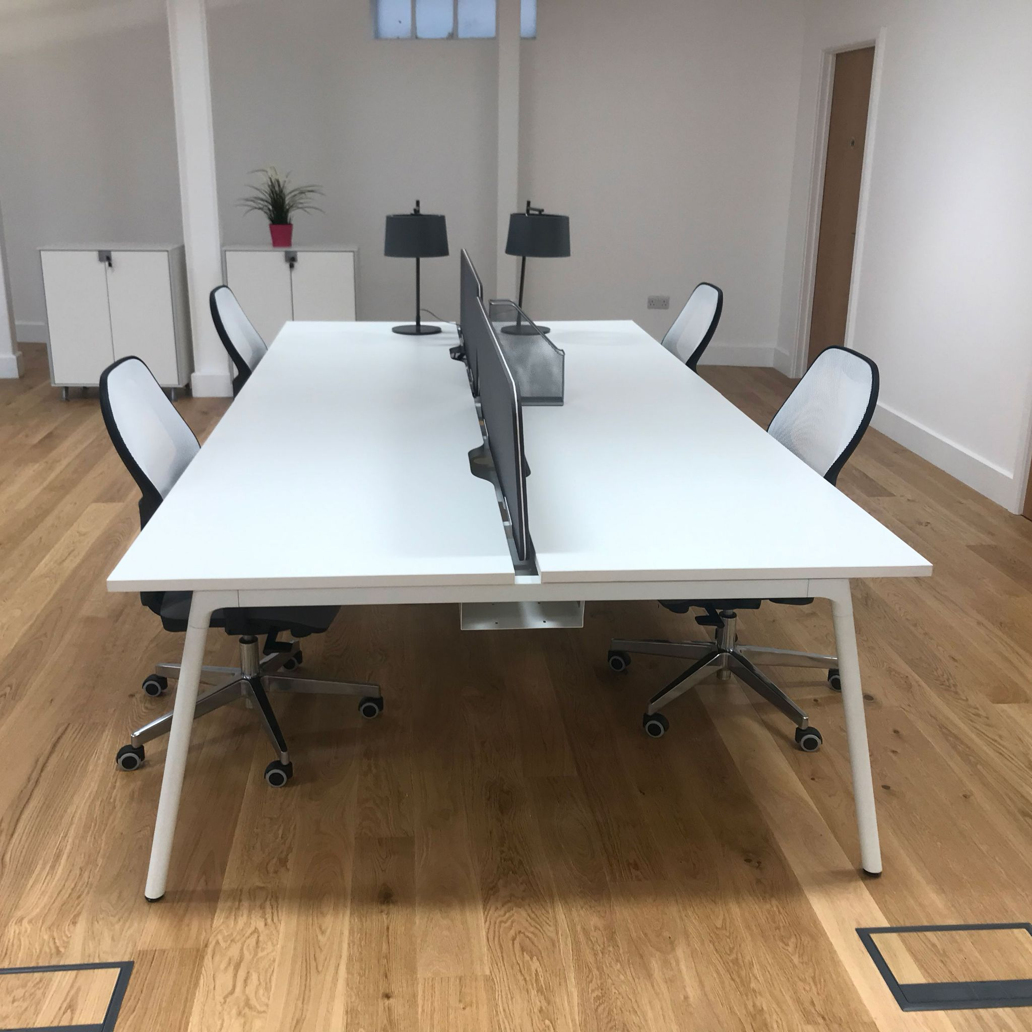 Stupendous White Bench Desk With Screens Cjindustries Chair Design For Home Cjindustriesco